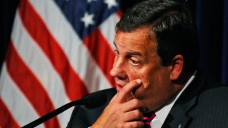 El Gobernador de Nueva Jersey Chris Christie considera lanzar su campaña...