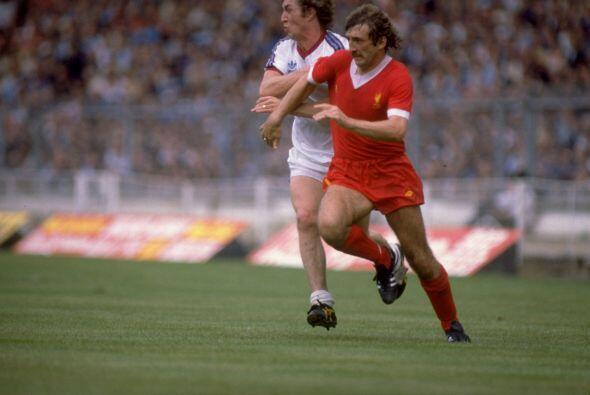 Alan Kennedy: Para 1981, el Liverpool ya acumulaba dos títulos de...