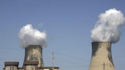 La planta nuclear de Exelon Byron, en Byron, Illinois, una de las 11 cen...