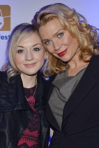 Emily con Laurie Holden (Andrea) en un evento de promoción del sh...