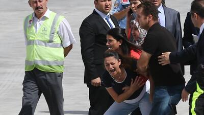 Liberan a decenas de rehenes turcos secuestrados por ISIS