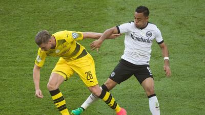 Marco Fabián y el Eintracht perdieron la final de la Pokal, Dortmund les quitó la risa