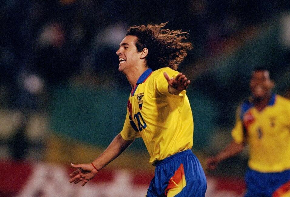 'Loco' Abreu vestirá en Uruguay su camisa 25 GettyImages-1184383.jpg