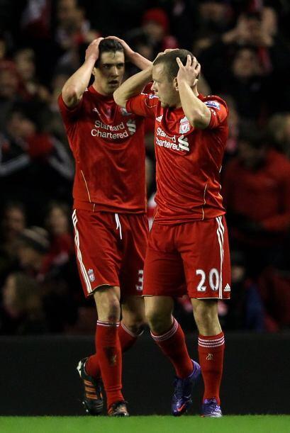 Bueno, volviendo a las acciones e el encuentro, Liverpool no pudo abrir...