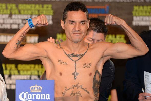 Víctor Terrazas estuvo en 121 libras, una por debajo del límite.