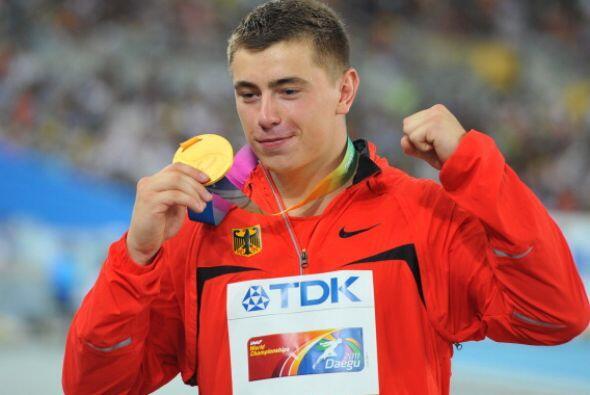 Storl, campeón mundial júnior en 2008 en Bydgoszcz, protagonizó una de l...