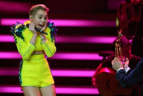A los16 años, la joven realizó un show en los Video Music Awards donde r...