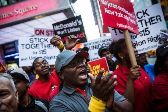 Otra demanda es la libertad para formar un sindicato sin temor a que su...