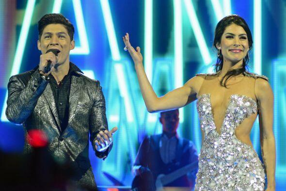 María León y Playa Limbo cantaron junto al cubano.
