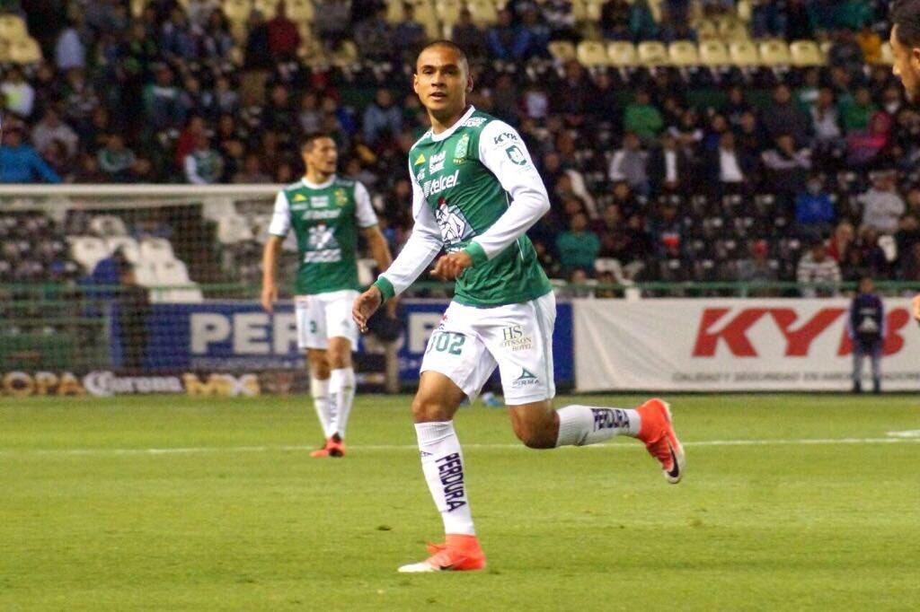 El novato del año: Jorge Díaz (Club León) - tres remates a gol y 54 toqu...
