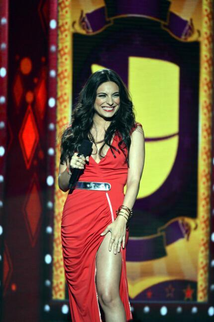 Ana Brenda conductora Premios Juventud 2014.