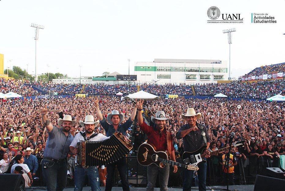 Grupo La Leyenda