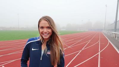 Su sueño Olímpico y su belleza hacen de Chari Hawkins una atleta admirada