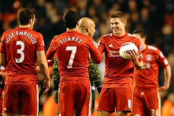 'Stevie G' reapareció a mitad de semana con Liverpool tras un tiempo les...