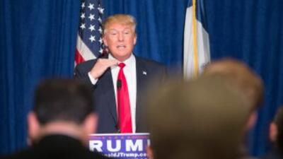 Donald Trump durante una conferencia de prensa en Iowa.