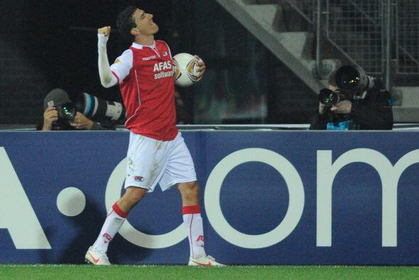 Los holandeses volvieron a marcar, gracias a Maarten Martens, para que A...