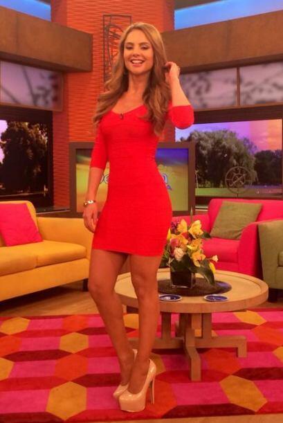 """""""Una fotico de mi look de hoy en @DespiertaAmeric FELIZ DÍA PARA TODOS"""",..."""