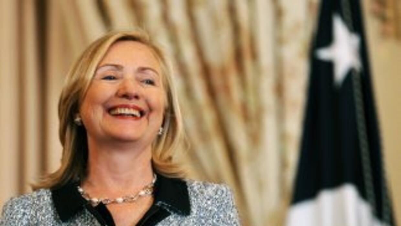 Hillary Clinton abogó por el rol de las mujeres en las sociedades de des...