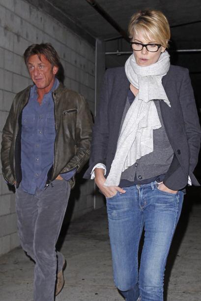 Charlize Theron y Sean Penn siguen saliendo juntos, aunque no confirman...