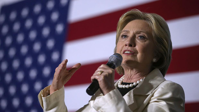 Hillary Clinton, al empezar el debate de Brooklyn