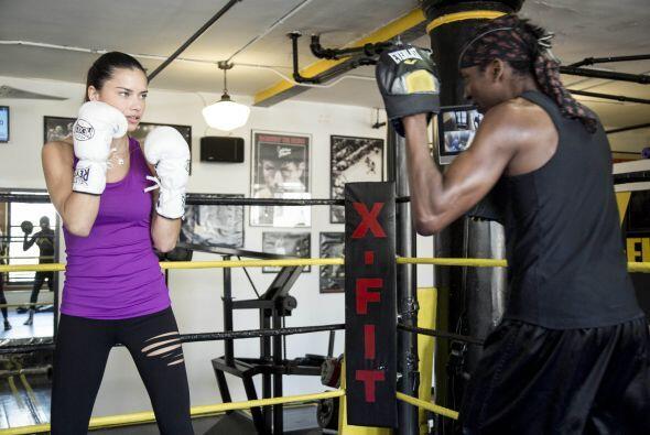 Es un entrenamiento muy completo para fortalecer y tonificar tus piernas...