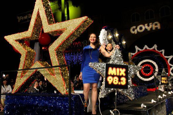 Aquí pueden ver las fotos de la Mini Parada que se celebro el día jueves...