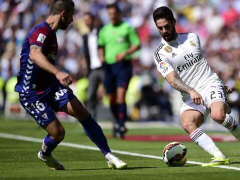 El delantero mexicano arrancó de titular con el Real Madrid por d...