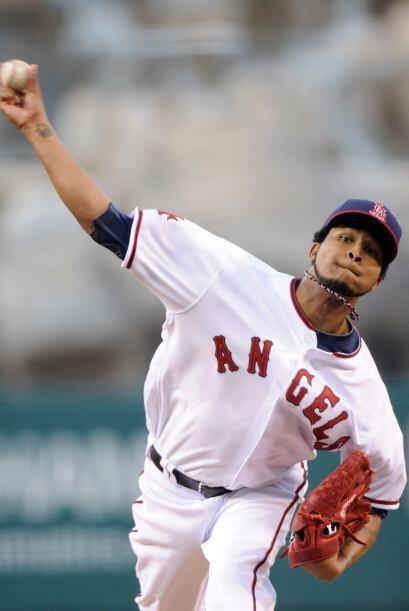 Santana (2-4) fue el único pitcher latinoamericano con una blanqueada en...