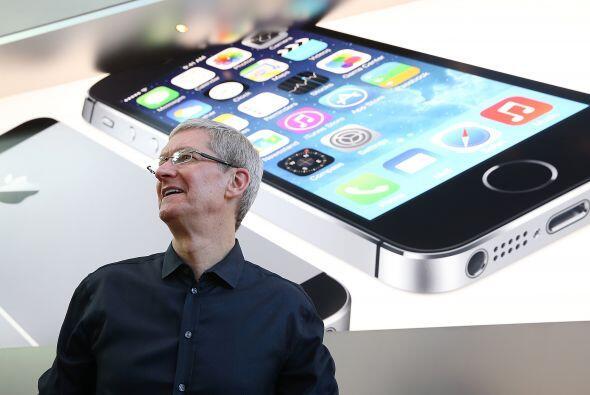 """4. iPhone 5C. Con la versión """"S"""", Apple lanzó una """"versión económica"""" de..."""