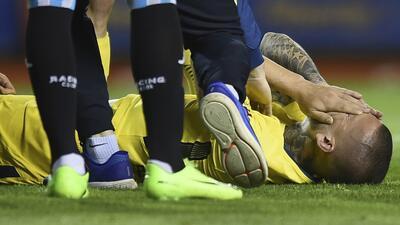 Darío Benedetto se rompió los ligamentos cruzados de la ro...