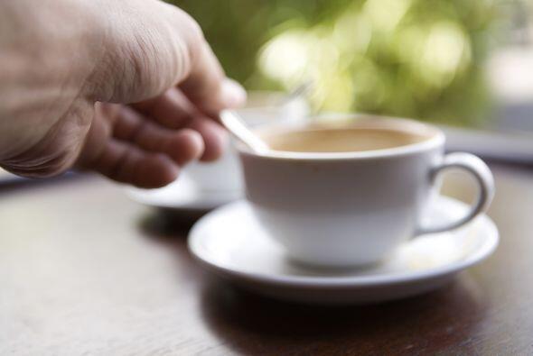 Cuidado con la cafeína, es posible que este alterando tus horas de sueño.