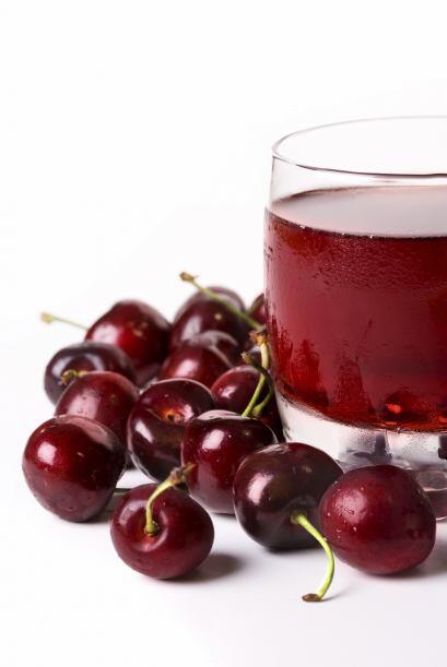 Si compras jugo, asegúrate de elegir un producto hecho con cerezas reale...
