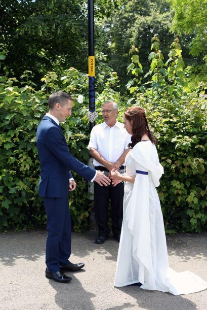 La pareja se conoció hace 23 años cuando los dos cursaban...