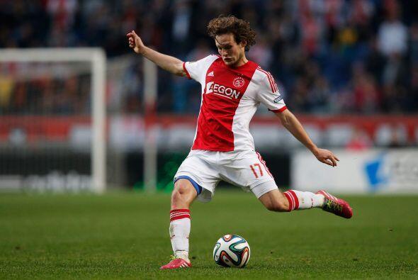 El lateral holandés Daley Blind es otro jugador que estarí...