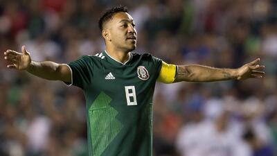 Marco Fabián prefiere ver el 'vaso medio lleno' pese a la derrota ante Chile