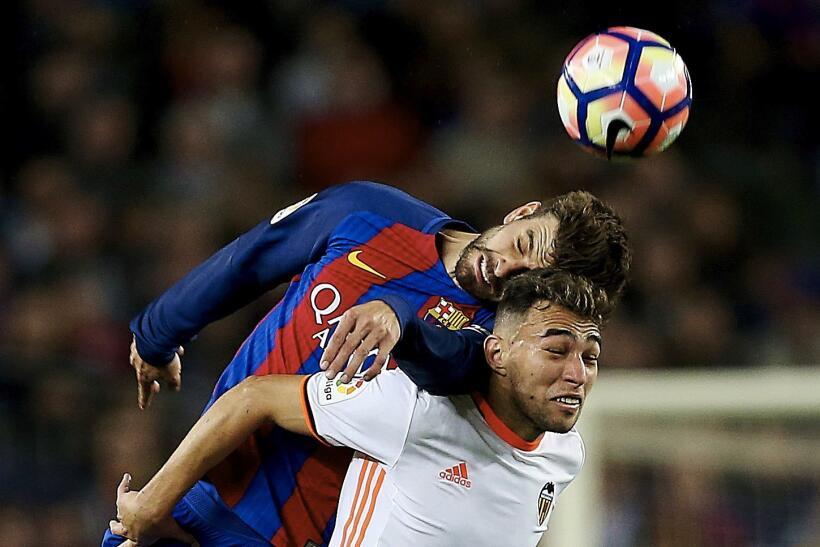 Messi y Suárez mantienen al Barcelona al acecho del Madrid 6362555781003...