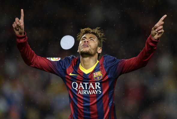 Fue el brasileño Neymar quien repitió la dosis al arquero...