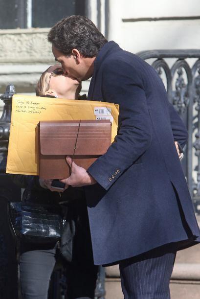 Ella quedó perdidamente enamorada de Olivier Sarkozy, director del grupo...