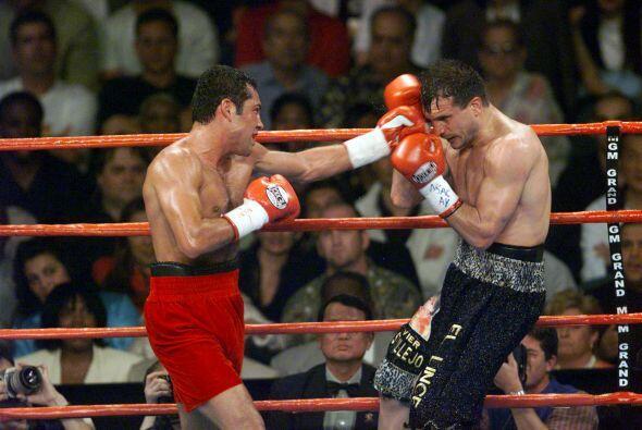 """""""scar De la Hoya y Javier Castillejos pelearon el 23 de junio del 2001 p..."""