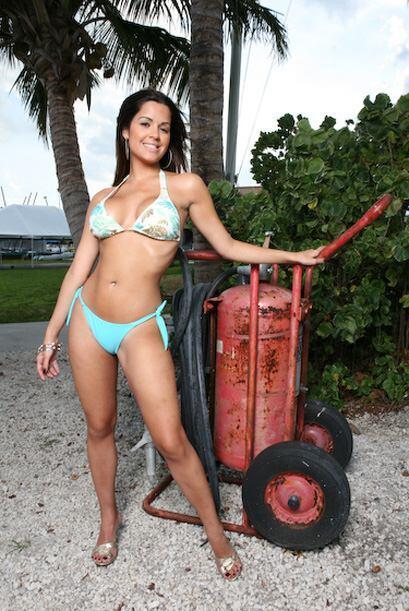 Claro que es una gran representante de la belleza cubana y latina.