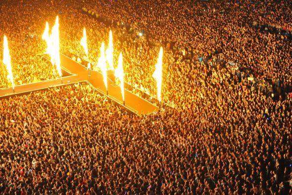 En sólo dos horas se agotaron las cuatro mil entradas del concierto grat...