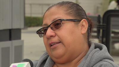 """""""Se emborrachaba y golpeaba a mi madre"""": inmigrante mexicana relata su difícil vida familiar antes de llegar a EEUU"""