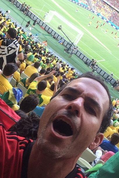 Carlos Calderón llegó corriendo al estadio. Todo sobre el...