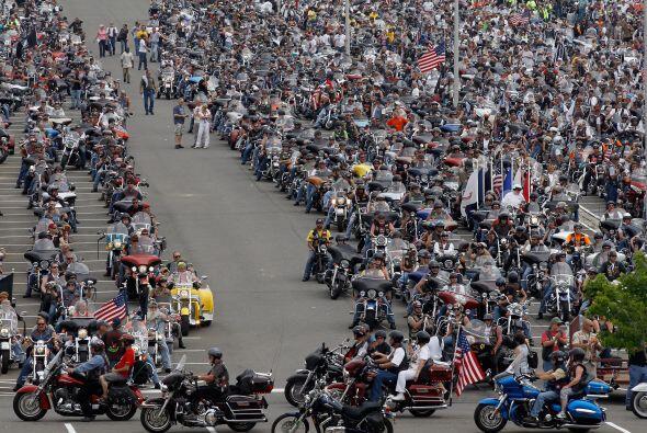 Cuando empezó en 1987, el Rolling Thunder contó con unas 2,500 motocicle...