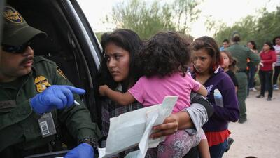 Is it true that the Trump administration lost 1,500 child migrants who crossed the border?