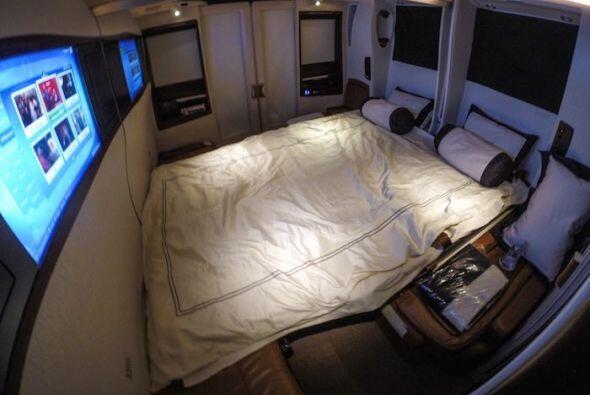Cuando quieres dormir tu suite se convierte en un cama doble!