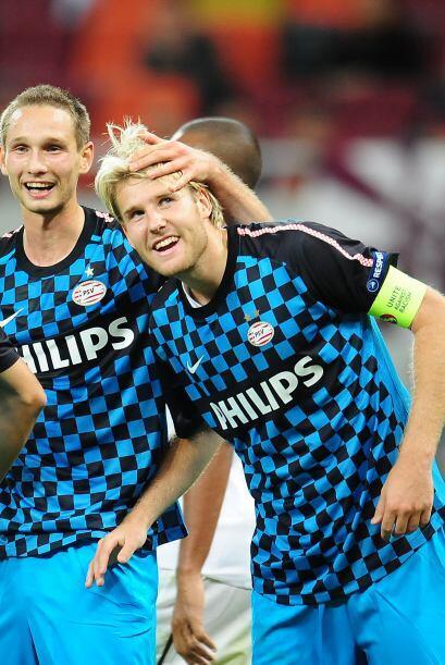 Los holandeses ganaron con facilidad por 3-1 y comandan su grupo.