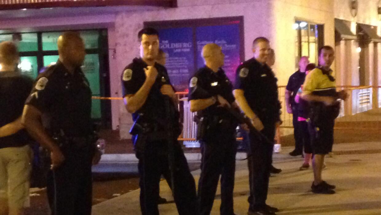 Despliegue policial tras el tiroteo.