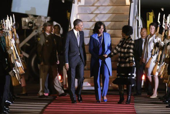 El presidente estadounidense, Barack Obama, llegó por la noche a Sudáfri...
