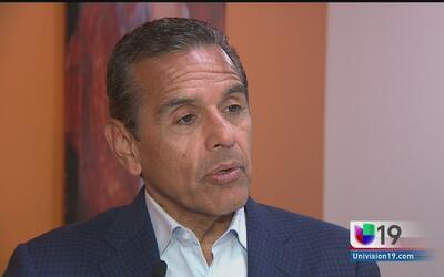 Antonio Villaraigoza reitera su compromiso con la comunidad hispana